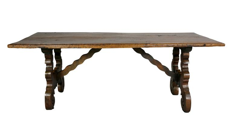 spanish colonial style walnut coffee table for sale at 1stdibs. Black Bedroom Furniture Sets. Home Design Ideas