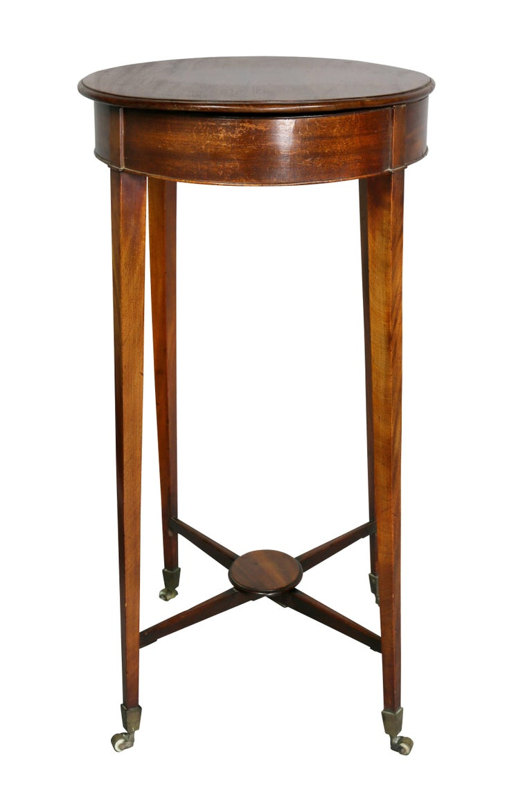 George III Mahogany Work or End Table For Sale 2