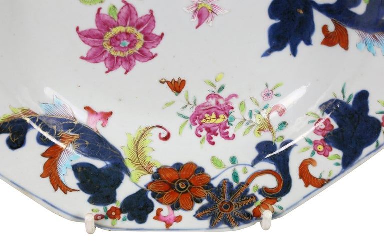 Pair of Chinese Export Tobacco Leaf Porcelain Soup Plates In Good Condition For Sale In Essex, MA