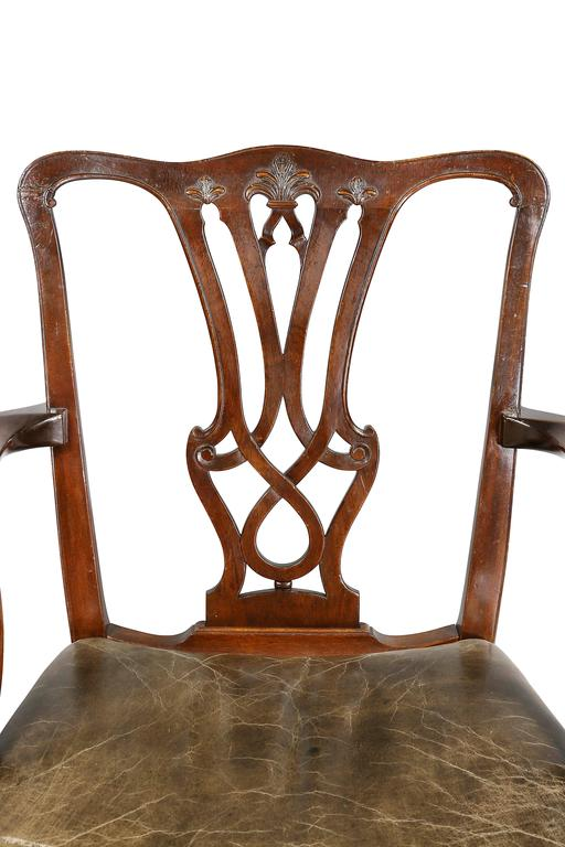 Set of Ten George III Style Mahogany Dining Chairs In Good Condition For Sale In Essex, MA