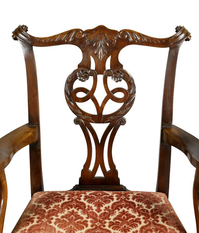 Set of Eight Waring And Gillow George III Style Mahogany Dining Chairs In Good Condition For Sale In Essex, MA