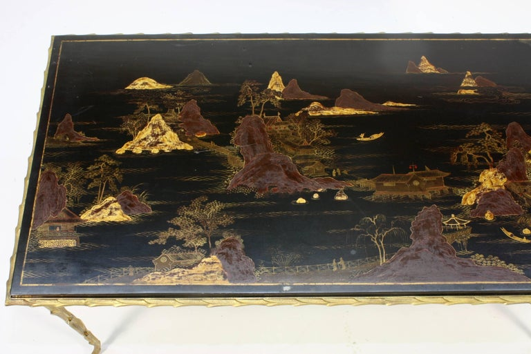 Gilt Black Lacquered Chinoiserie Coffee Table by Maison Baguès For Sale