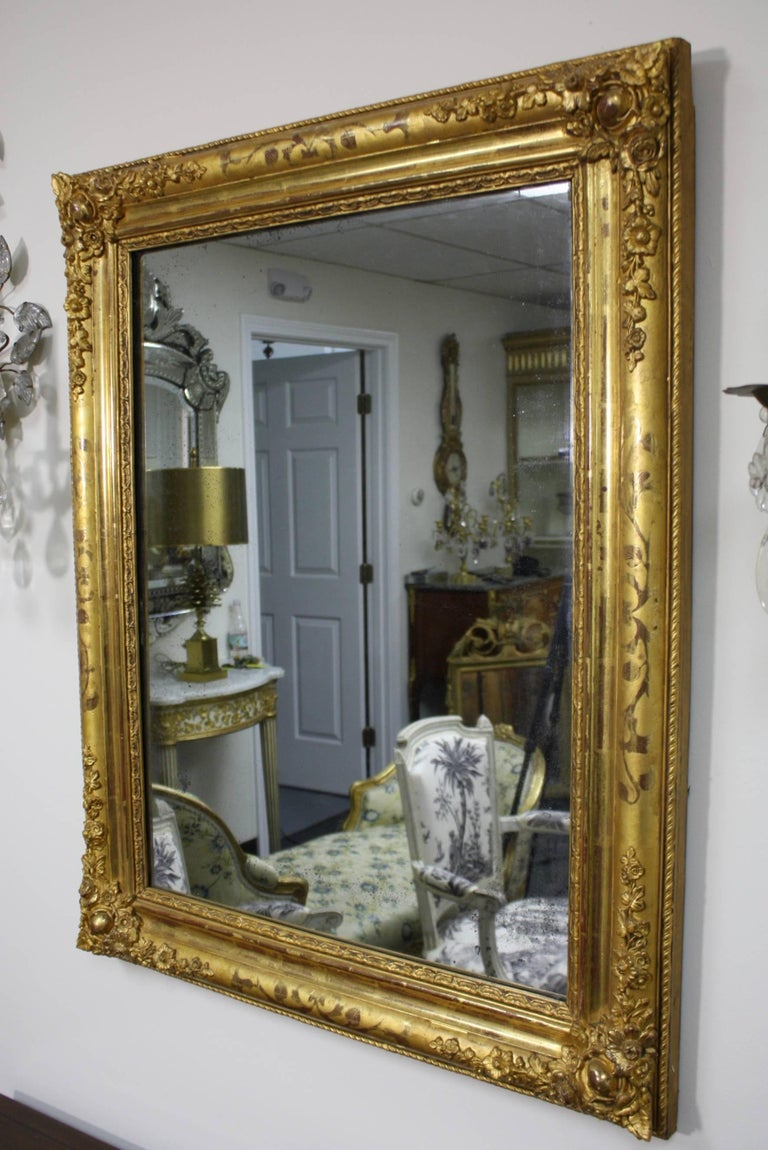 French Charles X Period Giltwood Mirror In Good Condition For Sale In Charleston, SC
