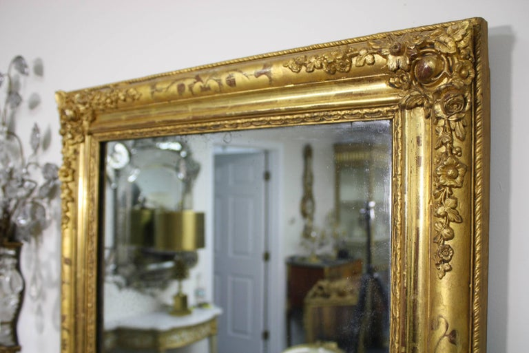 19th Century French Charles X Period Giltwood Mirror For Sale