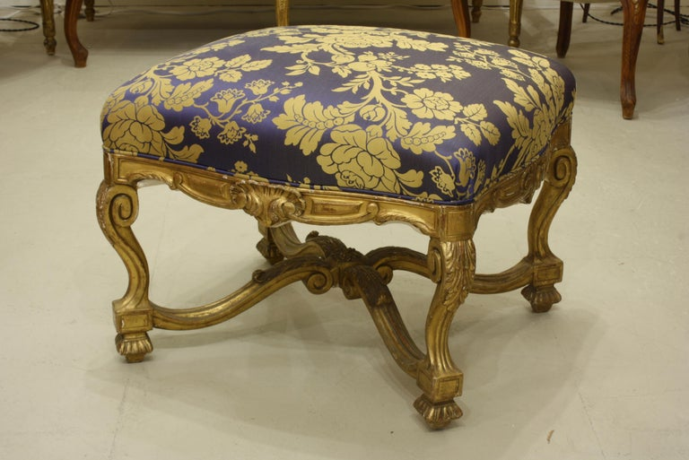 French Regence Style Carved Giltwood Stool, Tabouret or Ottoman For Sale 1