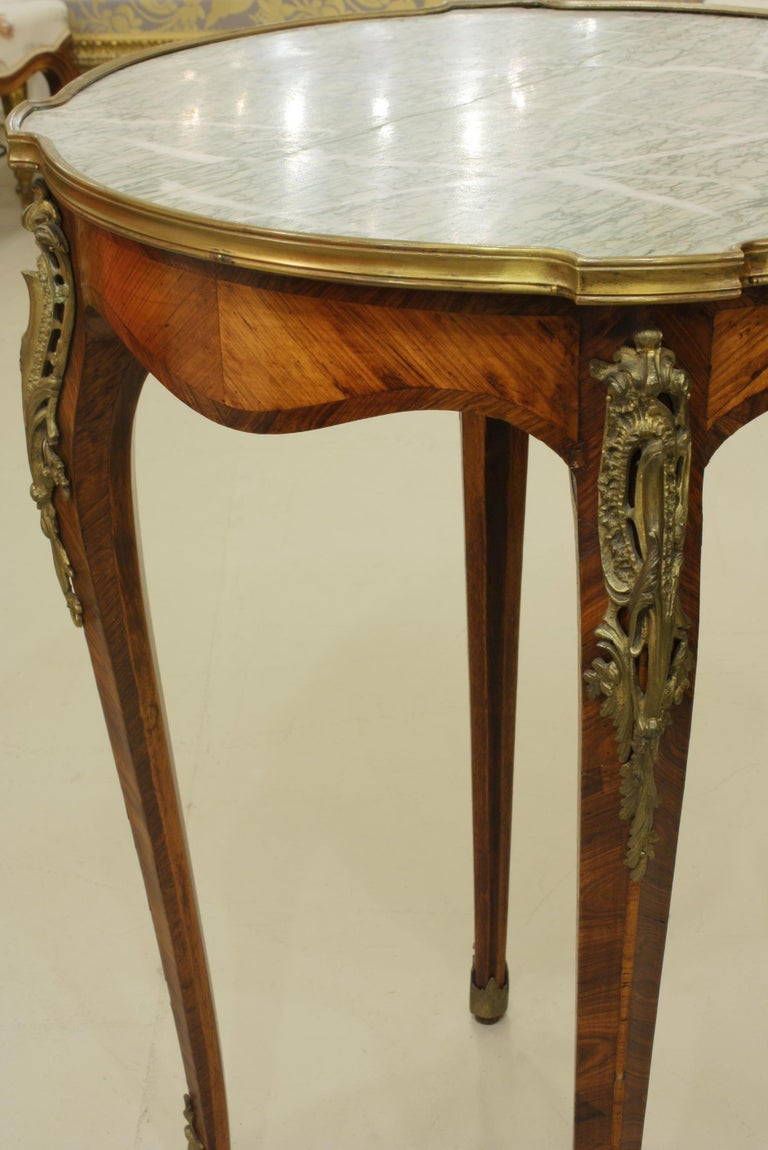 French Louis XV Style Parquetry Gueridon Stand with Marble Top For Sale 1