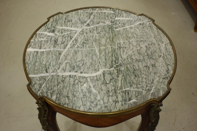 19th Century French Louis XV Style Parquetry Gueridon Stand with Marble Top For Sale