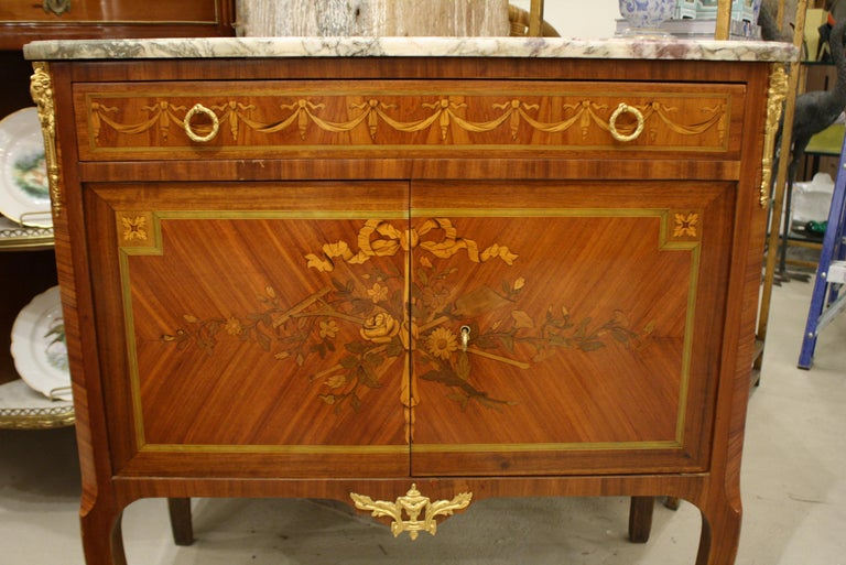 French 19th Century Marquetry Commode with Marble Top For Sale 4