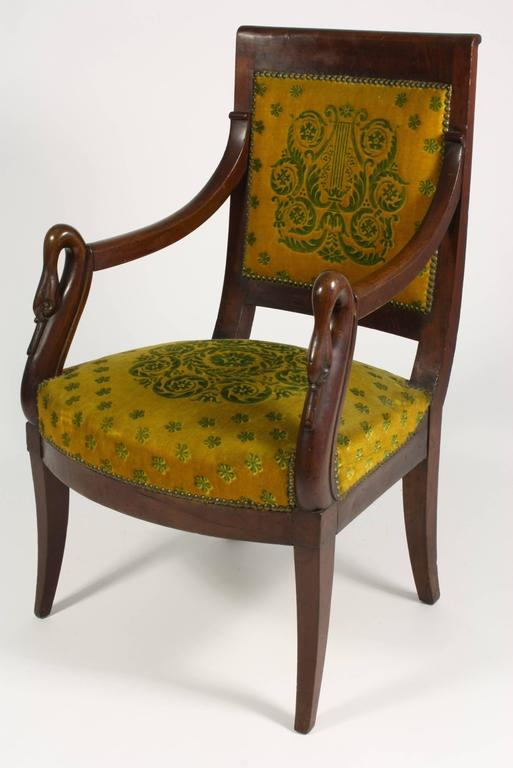 French Empire Period Mahogany Armchair with Swans' Heads In Good Condition For Sale In Pembroke, MA