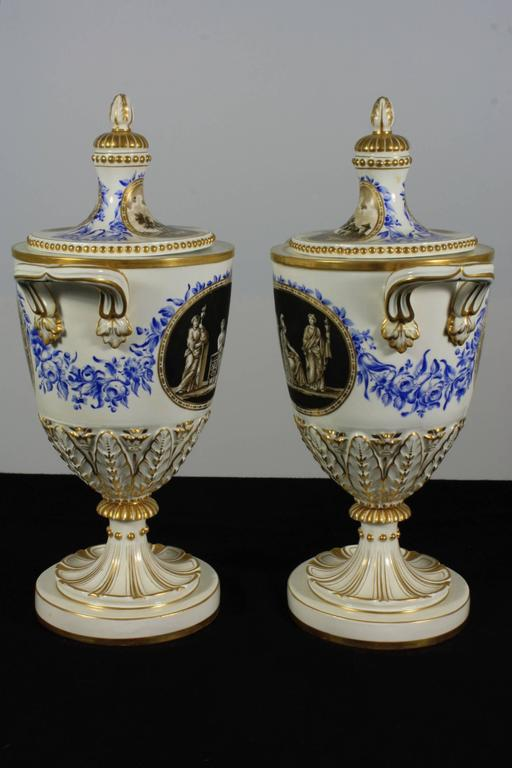 Pair of Neoclassical Italian Lidded Urns For Sale 3