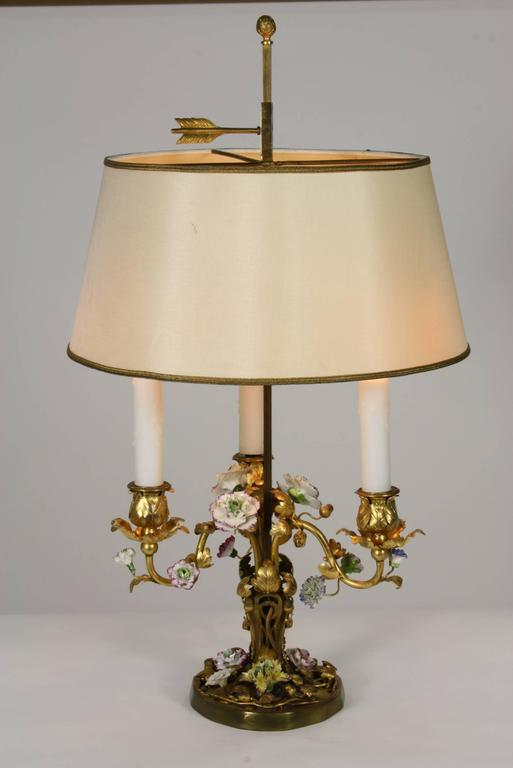 French Gilt-Bronze and Porcelain Flower Bouillotte Lamp In Good Condition For Sale In Pembroke, MA
