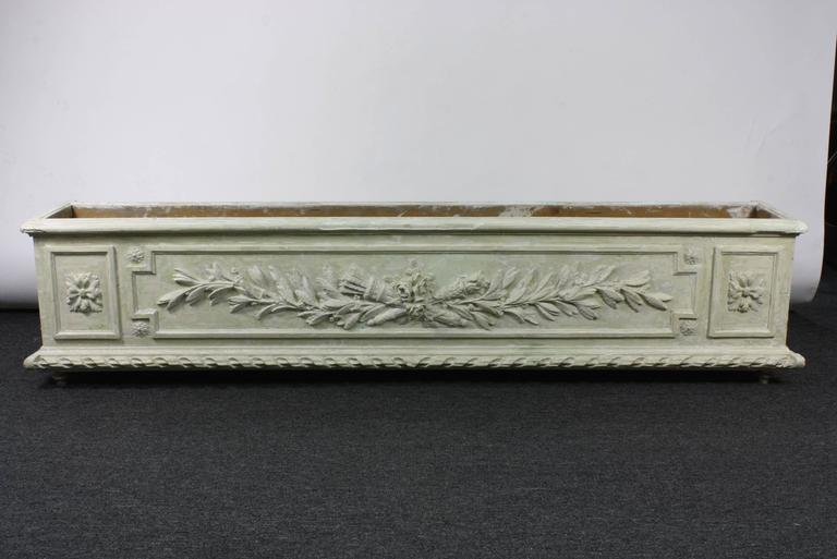 Louis XVI Large Painted and Carved Wood Neoclassical Planter For Sale