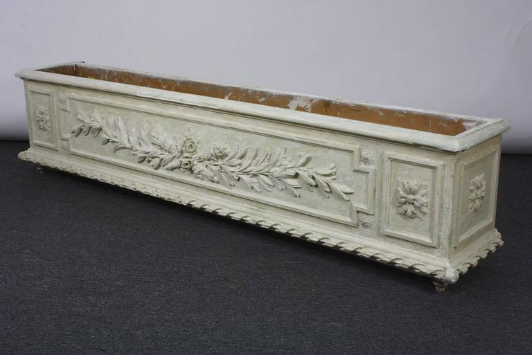 Large Painted and Carved Wood Neoclassical Planter For Sale 3