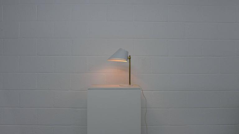 Paavo Tynell Lamp, Stamped Idman 2