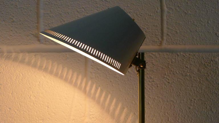 Paavo Tynell Lamp, Stamped Idman 9