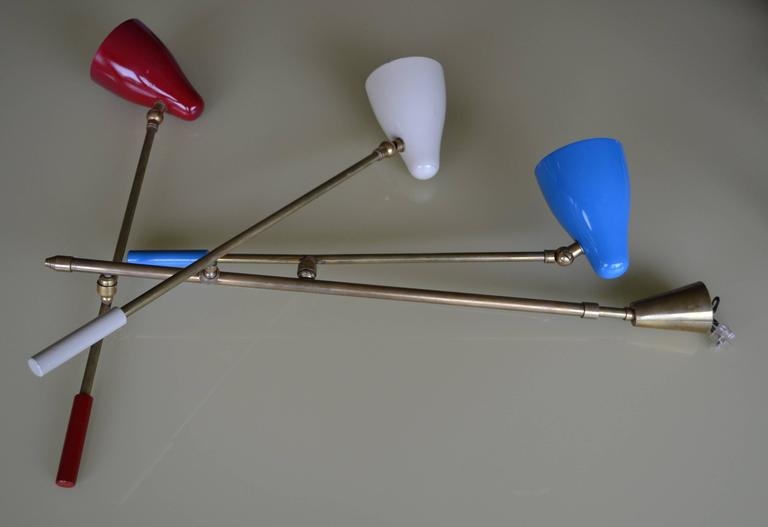 Mid-Century Modern 1950s Three Arm Chandelier with Blue and Red Shades by Stilnovo For Sale