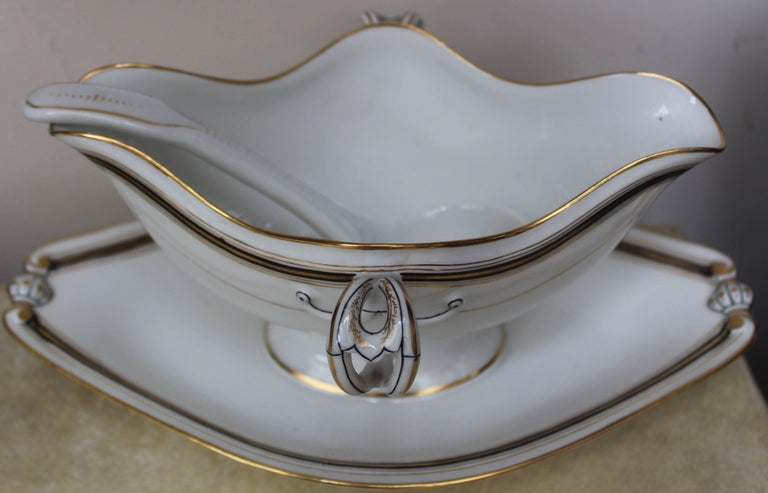 Late 19th Century 90-Piece Napoleon III Porcelain Dinner Service, French, circa 1870 For Sale