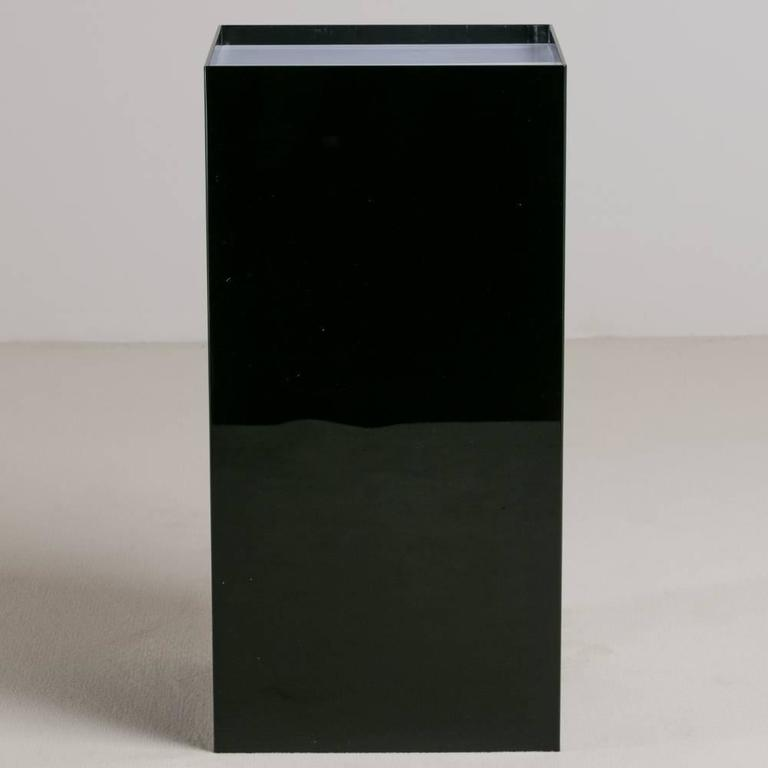 Oversized Black and Ivory Acrylic Lightbox Pedestal In Excellent Condition For Sale In London, GB