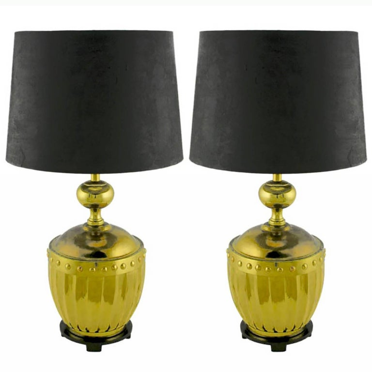 Pair of Stiffel Fluted and Studded Brass Urn Table Lamps For Sale