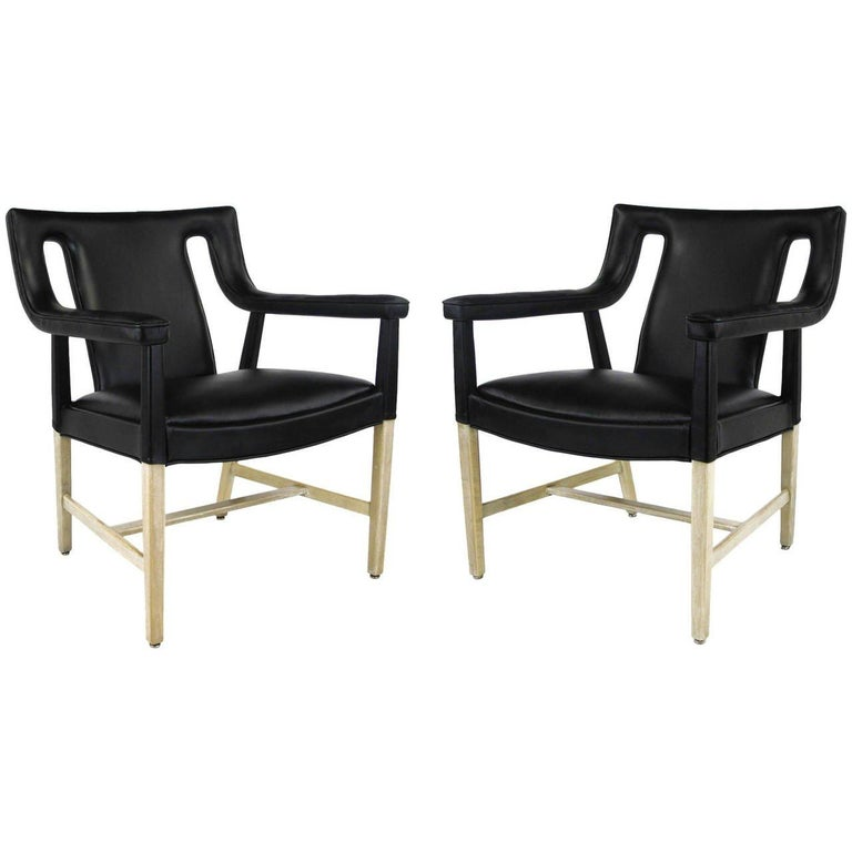 Pair of Black Leather Ejner Larsen and Aksel Bender Madsen Lounge Chair LP48