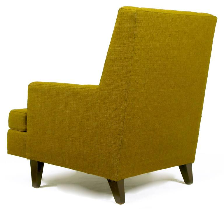 Edward Wormley Lounge Chair in Moss Green Wool Upholstery In Excellent Condition For Sale In Chicago, IL