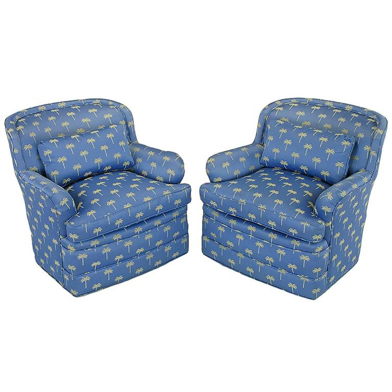 Pair of 1940s Cerulean Blue Swivel Lounge Chairs For Sale 2