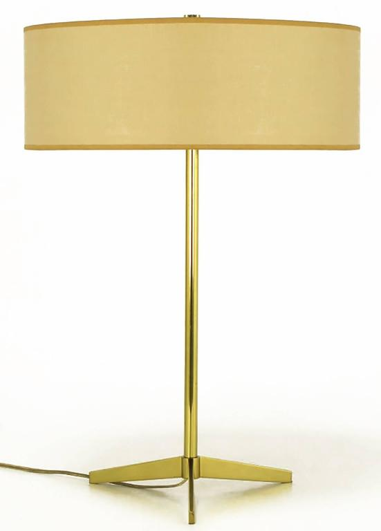 American Lightolier Elegant Modern Brass Tripod Base Table Lamp For Sale