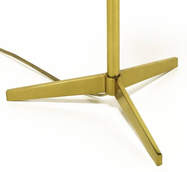Mid-20th Century Lightolier Elegant Modern Brass Tripod Base Table Lamp For Sale