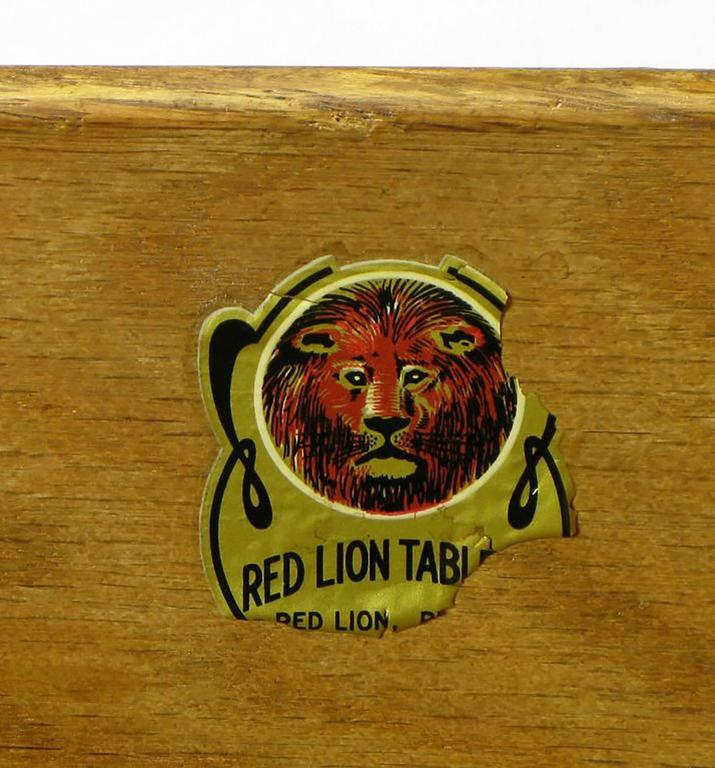 1950s Red Lion Parquetry Front Mahogany Nine-Drawer Dresser For Sale 4