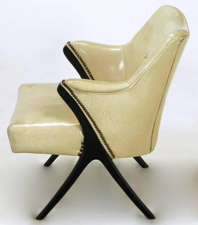 Mid-20th Century Pair of 1940s Modernist Club Chairs in Original Bone Glazed Leather For Sale