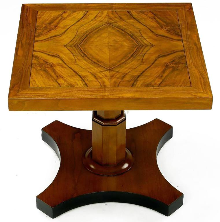 Mid-20th Century Pair of Baker Furniture 1950s Highly Figured Bookmatched Walnut Side Table For Sale