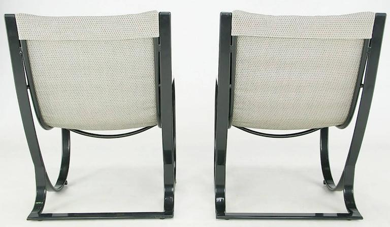 Set of Six Jay Spectre for Brown Jordan Midnight Blue Metal Dining Chairs In Good Condition For Sale In Chicago, IL
