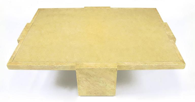 Alessandro for Baker Exquisitely Hand Lacquered Coffee Table In Good Condition For Sale In Chicago, IL
