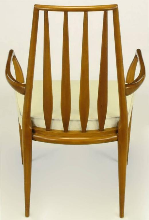 Pair of Bert England Sculpted Walnut and Off-White Linen Slatback Armchairs In Excellent Condition For Sale In Chicago, IL