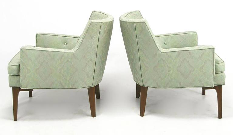 American Pair of Classic Barrel-Back Club Chairs in Ikat Upholstery For Sale