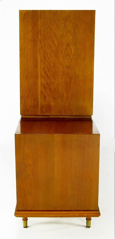 Renzo Rutili Walnut Double-Sided Cabinet for Johnson Furniture In Good Condition For Sale In Chicago, IL