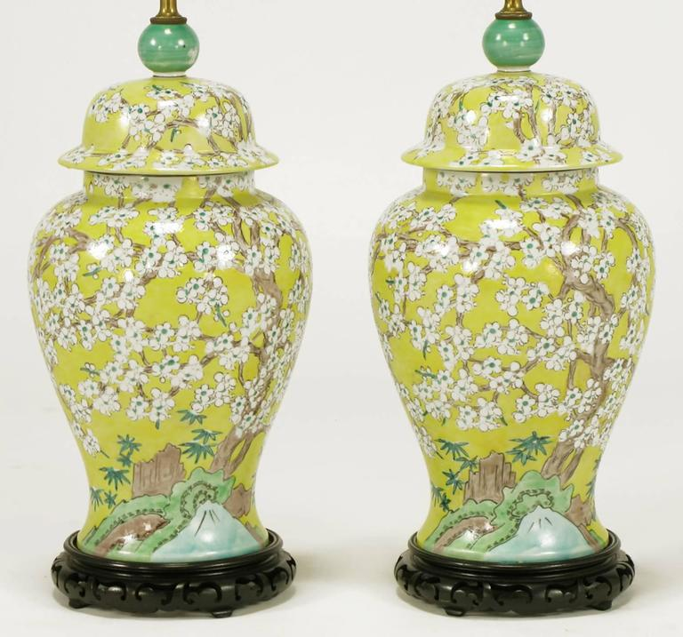 Chinese Pair Of Imported Hand Painted Yellow Glaze Ginger Jar Table Lamps  For Sale