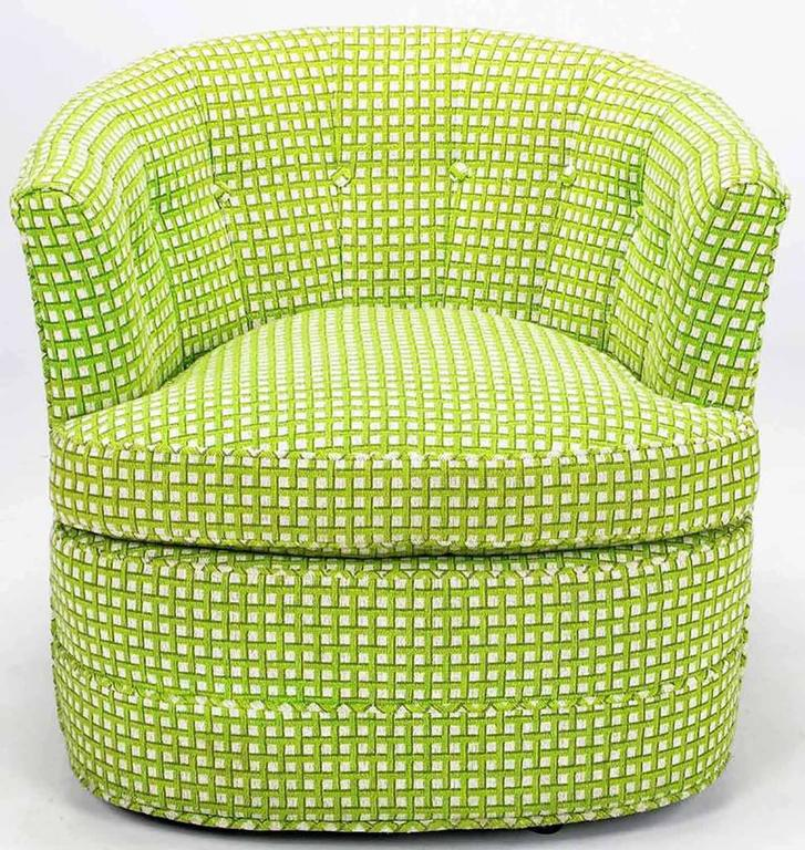 Mid-Century Modern Pair of Barrel-Back Swivel Chairs in Chartreuse Needlepoint For Sale