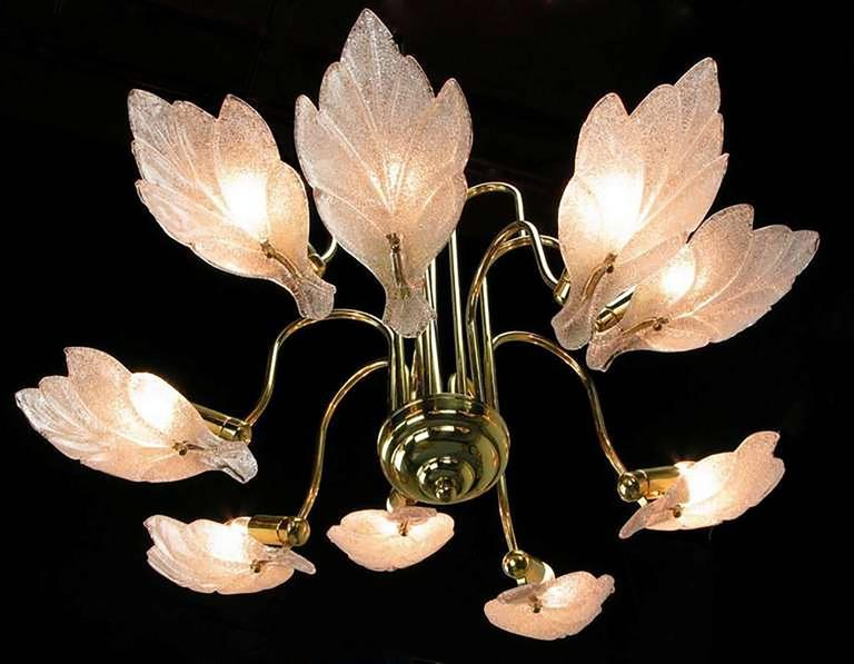Italian Nine-Arm Murano Glass Leaf Chandelier in the Style of Barovier & Toso For Sale