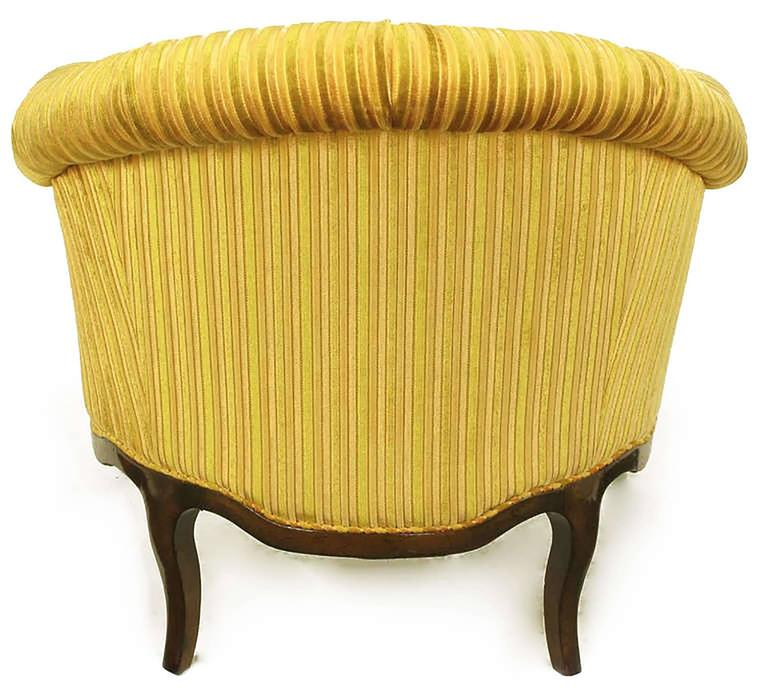 Mid-20th Century Elegant Pair of Interior Crafts Button-Tufted Barrel-Back Lounge Chairs For Sale