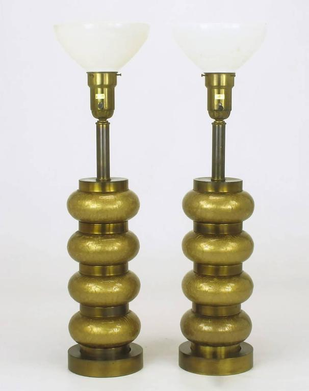 Mid-Century Modern Pair of Paul Hanson Reverse Gilt Crackle Glass and Brass Table Lamps For Sale