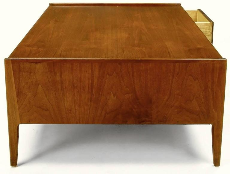 Richard Thompson for Glenn of California Walnut Coffee Table In Good Condition For Sale In Chicago, IL