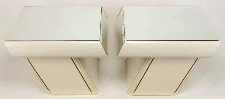 Pair of Italian White Glazed Oak and Mirror Cantilever End Tables 4