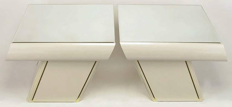 Pair of Italian White Glazed Oak and Mirror Cantilever End Tables 5