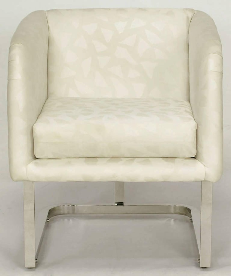 Pair of Milo Baughman Nickel and Ivory Glazed Cotton Print Club Chairs 5
