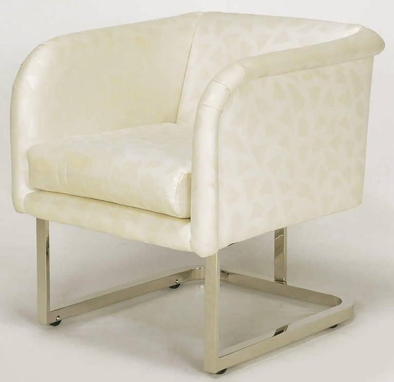 Pair of Milo Baughman Nickel and Ivory Glazed Cotton Print Club Chairs 6