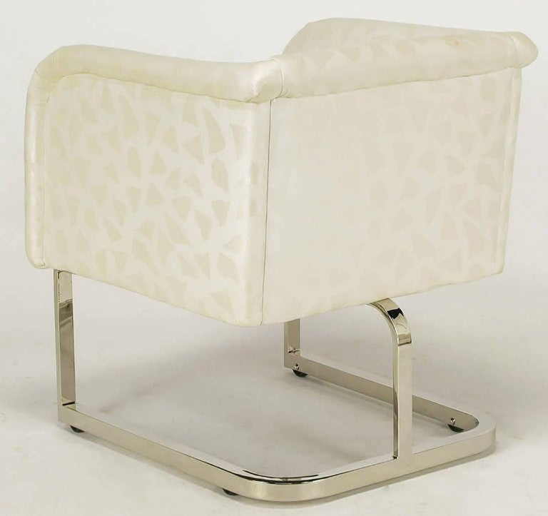 Pair of Milo Baughman Nickel and Ivory Glazed Cotton Print Club Chairs 7