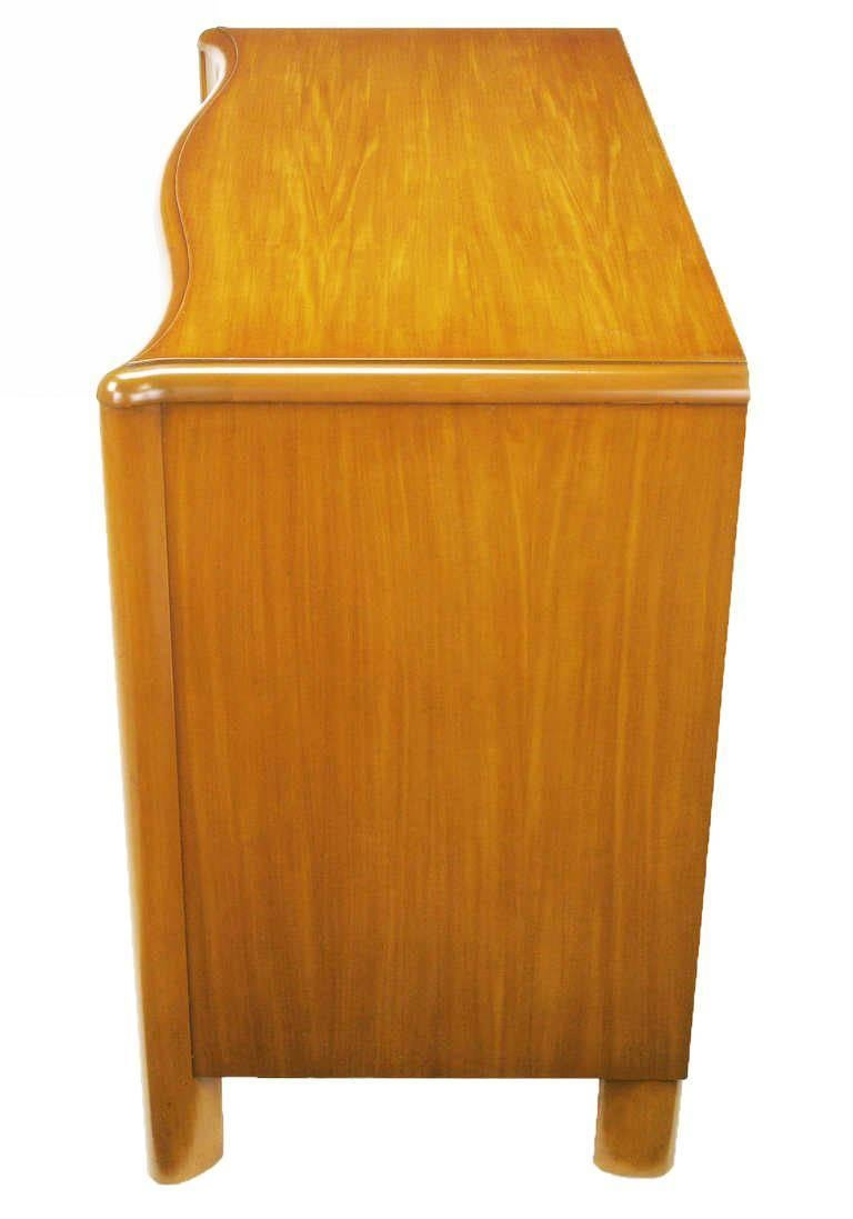 Art Deco Four-Drawer Bleached Mahogany Serpentine Front Commode In Good Condition For Sale In Chicago, IL