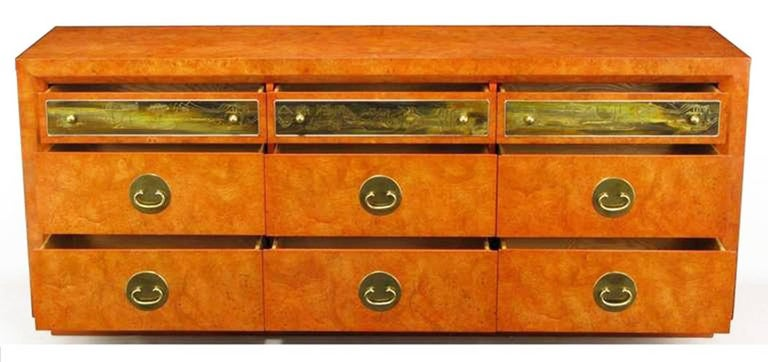 Custom Mastercraft Amboyna Burl and Acid Etched Brass Dresser In Excellent Condition For Sale In Chicago, IL