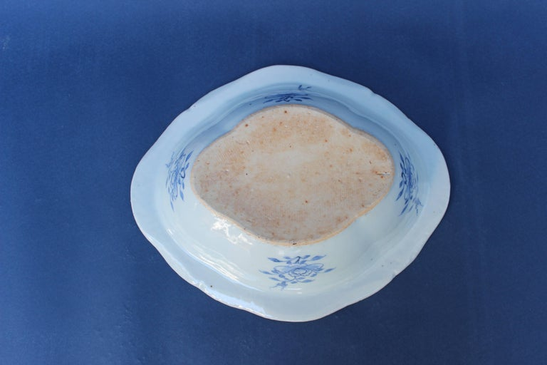 Blue and White Chinese Canton Covered Dish For Sale 3
